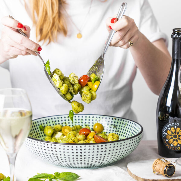 Prosecco DOC mit Gnocchi-Salat